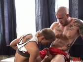 Lad Deepthroats Huge Muscle Dad