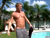 Blond hunk shows up 4 massage, gets much more
