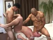 Big muscle bareback threesome NICE