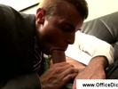 Male hotty gets blow..